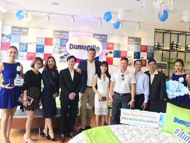 Thương hiệu đệm châu âu Dunlopillo tại nhà phân phối Đông Á